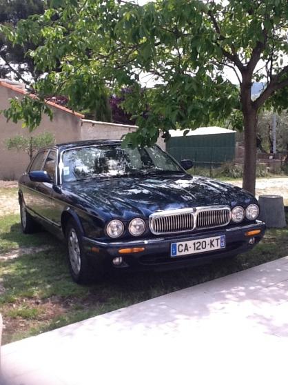 Jaguar xj8 300