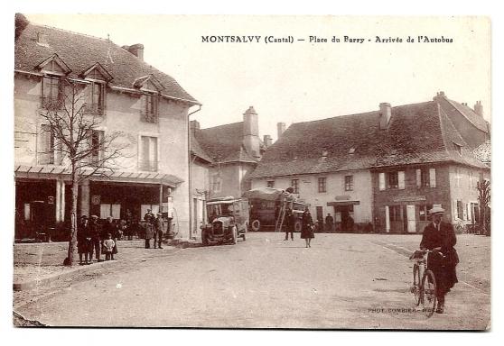 Annonce occasion, vente ou achat 'MONTSALVY (15) - Place du Berry......'