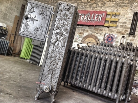 radiateur fonte chauffe plat ancien 1860. Black Bedroom Furniture Sets. Home Design Ideas