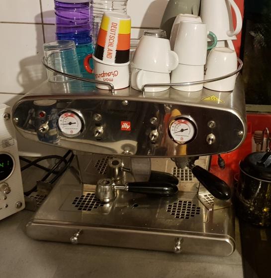 Annonce occasion, vente ou achat 'Machine à café'