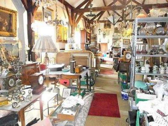 Annonce occasion, vente ou achat 'Vide boutique de brocante et antiquites'