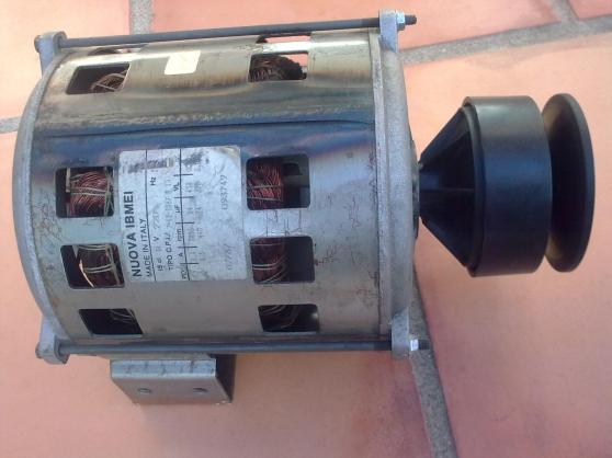 moteur lave linge ARISTON