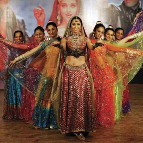 Danse indienne bollywood pour soirées et