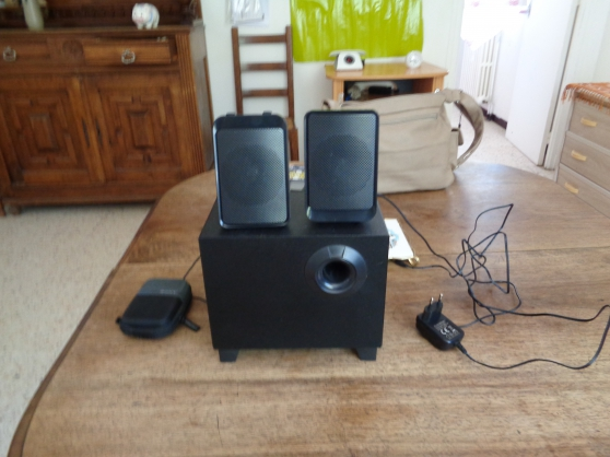 VEND PETIT HOME CINEMA