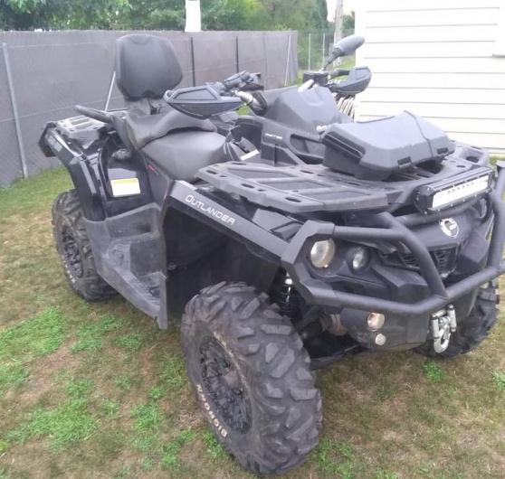 quad can-am outlander max 650 xtp