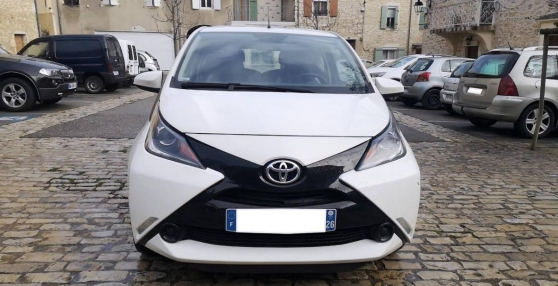 Annonce occasion, vente ou achat 'Toyota Aygo 1.0 VVTI 70 X-PLAY'