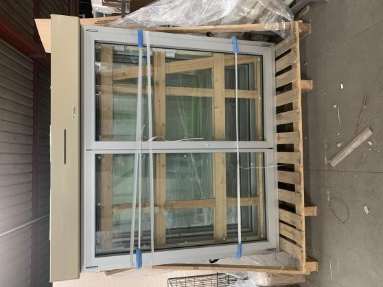 Annonce occasion, vente ou achat 'Fenêtre 2 vantaux dont 1 oscillo-battant'