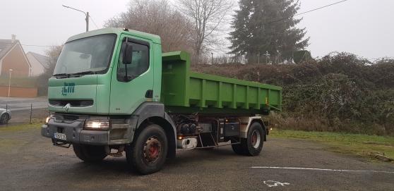 Camion renault kerax 260 - Photo 2