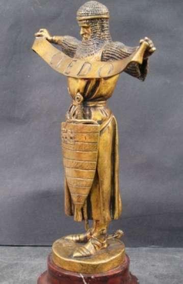 Chevalier Credo-Sculpture ancienne