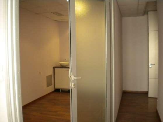 30 m² bureaux centre médical Montpellier - Photo 3