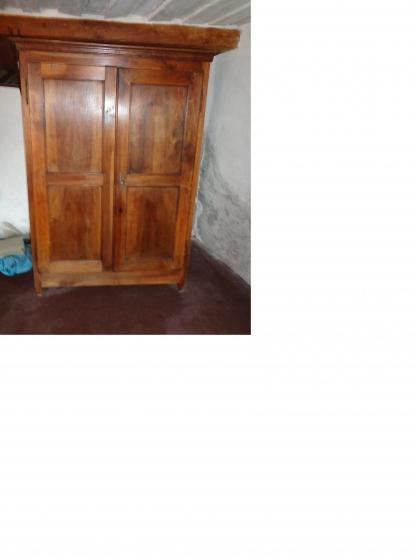 vente armoire louis philippe en noyer aime antiquit. Black Bedroom Furniture Sets. Home Design Ideas