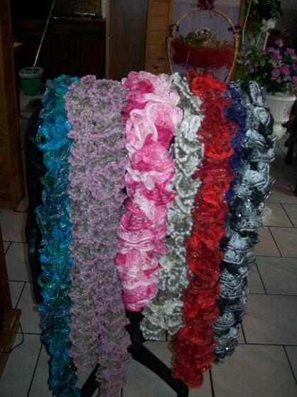 echarpes tricotees main - Annonce gratuite marche.fr