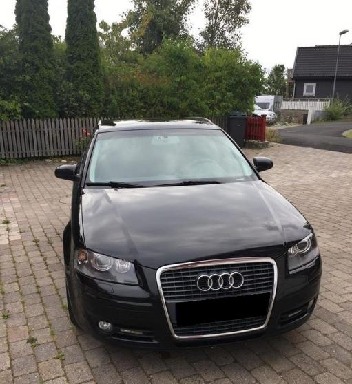 Audi A3 noir à 1800€