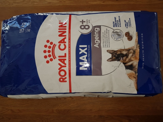 Annonce occasion, vente ou achat 'Royal Canin 8+'