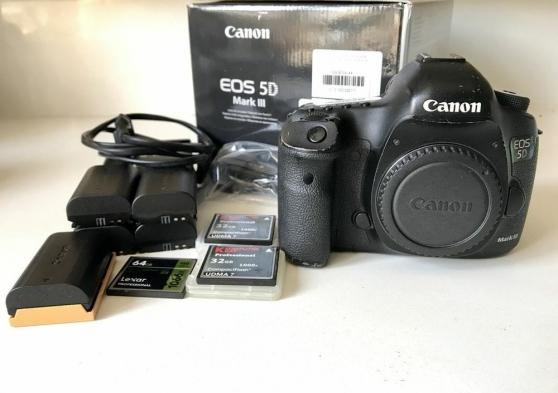 Annonce occasion, vente ou achat 'Canon 5D Mark iii avec accessoires neuf'