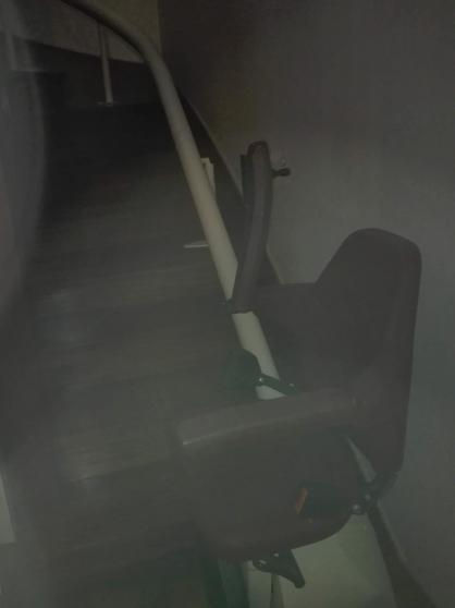 Monte escalier tournant peux servi - Photo 2