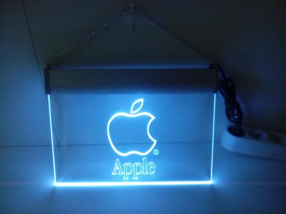 Enseigne lumineuse Apple