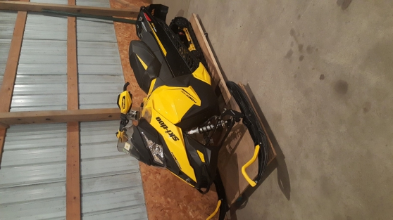 New/Used:Snowmobiles/watercraft/Jet Ski - Photo 2