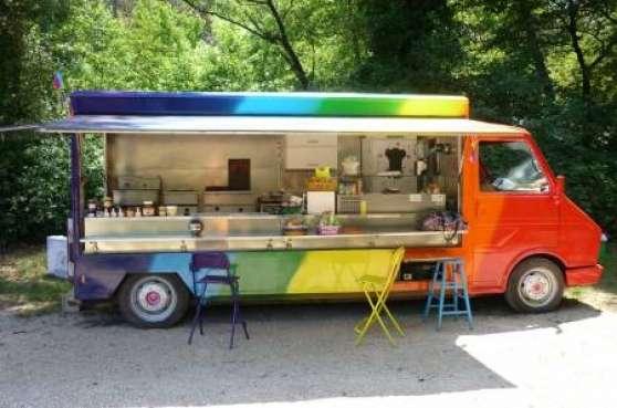 camion snack avec possibilit emplacemen auto camions. Black Bedroom Furniture Sets. Home Design Ideas