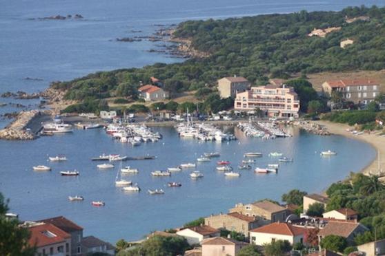 Location saisonnière bord de mer Corse