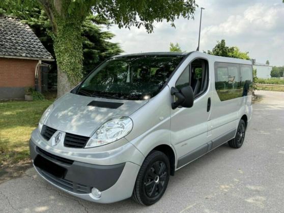 Renault Trafic 2,0dCi 115 Passenger 9 pl