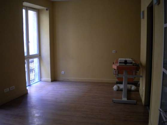 28 m² bureaux centre médical Montpellier - Photo 2