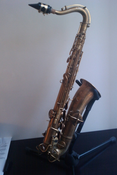 Saxophone C mélody Conn type ténor
