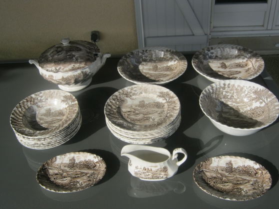 vaisselle faience anglaise - Annonce gratuite marche.fr