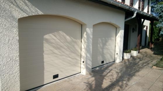 Annonce occasion, vente ou achat 'Porte de garage sectionnelle 2m 2m'