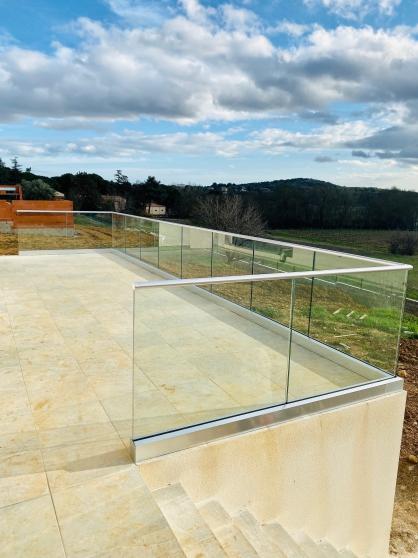 Garde corps en verre sur rail 1 m - Photo 3