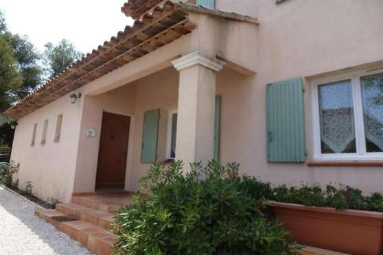 Location Villa 4 pièces - 130 m2 - Hyère