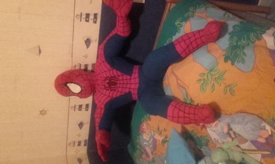 Annonce occasion, vente ou achat 'Peluche spiderman'