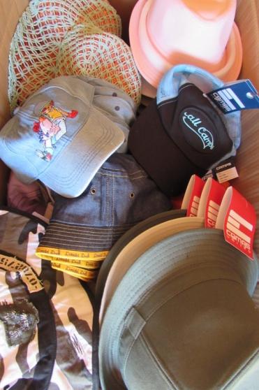 lot de chapeaux casquettes bobs été - Annonce gratuite marche.fr
