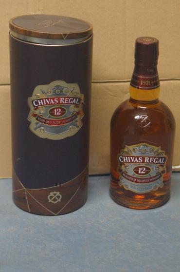 Annonce occasion, vente ou achat 'BOUTEILLE WHISKY CHIVAS REGAL 12 ANS'