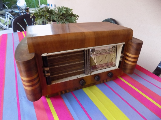 Annonce occasion, vente ou achat 'Poste radio vintage Bluetooth'