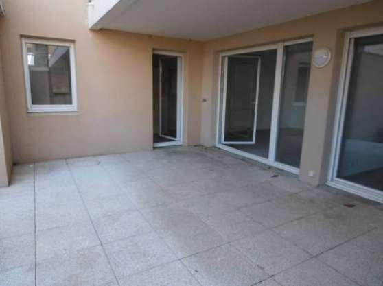 Appartement entièrement rénové à Marseil
