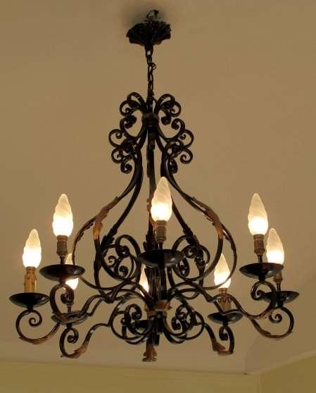 lustre fer forge trigu res antiquit art brocantes lampes lustres trigu res reference. Black Bedroom Furniture Sets. Home Design Ideas