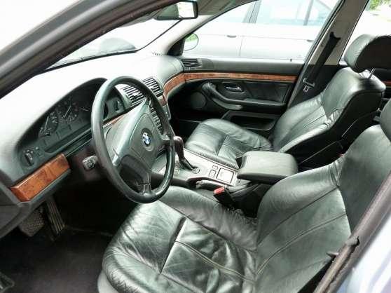 BMW 5-serie 523i M-tech