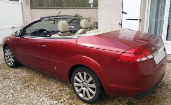 Ford Focus ii (2) coupe cabriolet 2.0 td - Photo 2