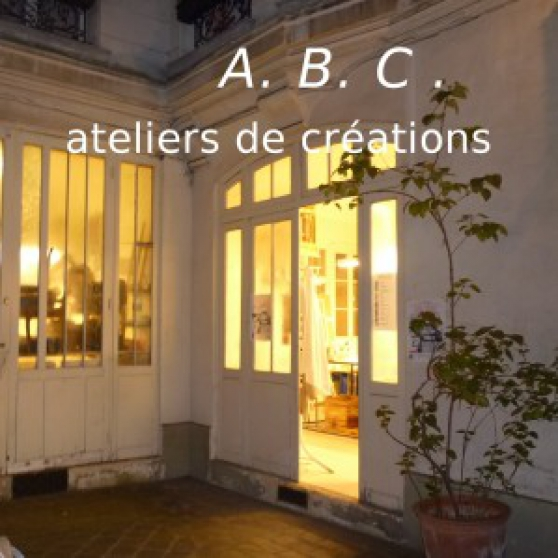 Location atelier immobilier location atelier paris for Atelier immobilier paris