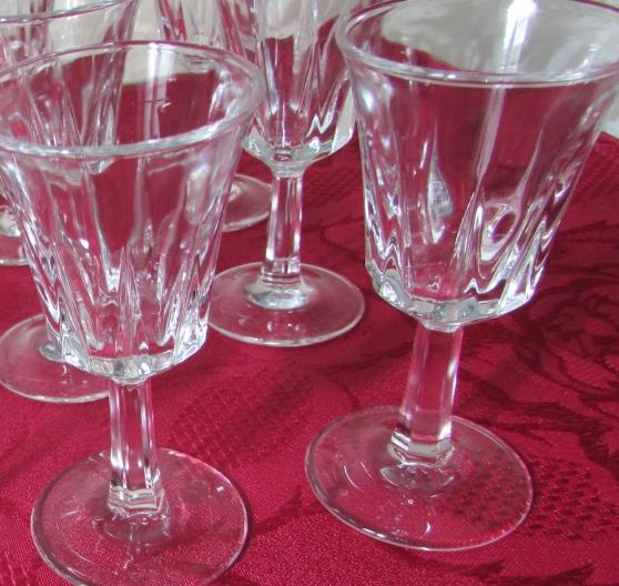 Annonce occasion, vente ou achat 'petit verres a liqueur'