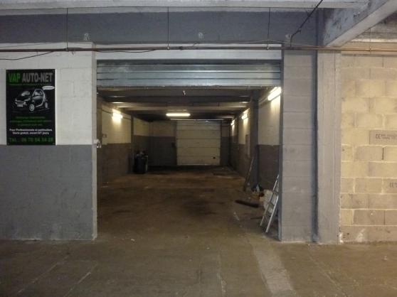 hangar - Photo 2