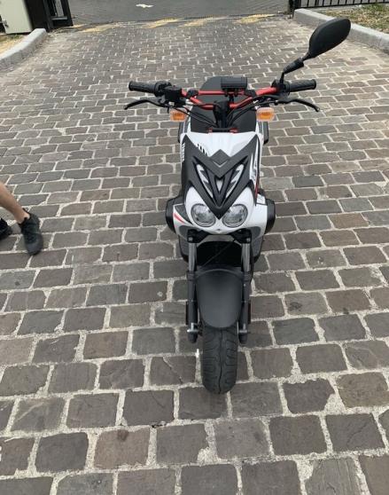 Scooter stunt année 2015