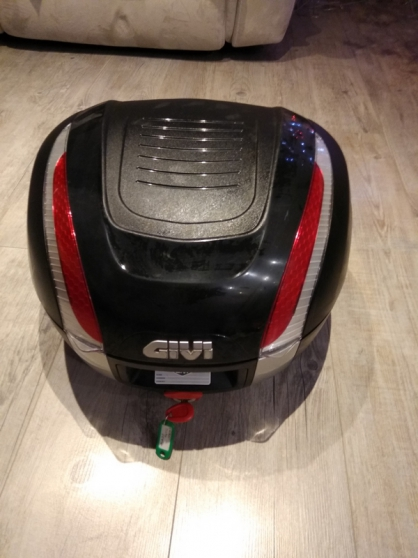 Top case givi monokey 33 l et support