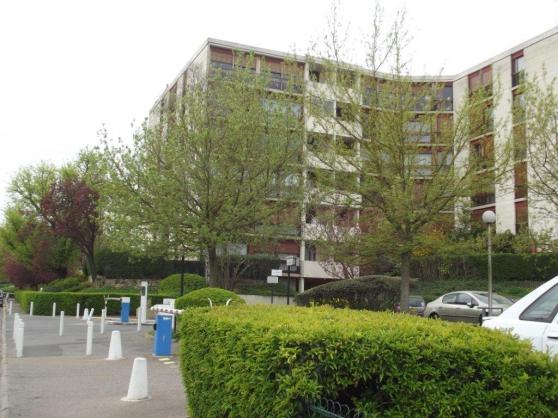 3 pieces 72m ris orangis aunette immobilier a vendre for Ris orangis code postal