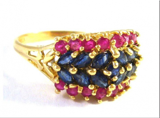 14 kt gold ring with sapphires and rubie