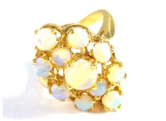 Annonce occasion, vente ou achat '14 kt gold ring with opals'