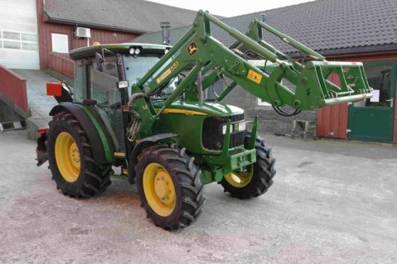 Tracteur John Deere 5515-4