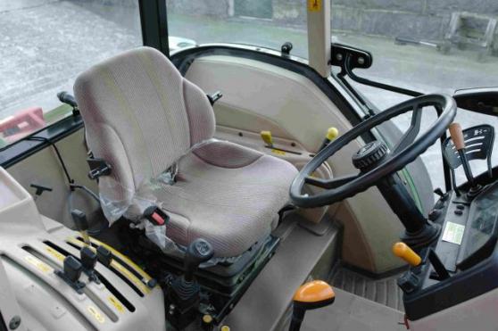 Tracteur John Deere 5515-4 - Photo 2
