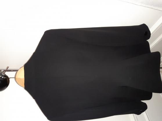 Annonce occasion, vente ou achat 'Veste noire'